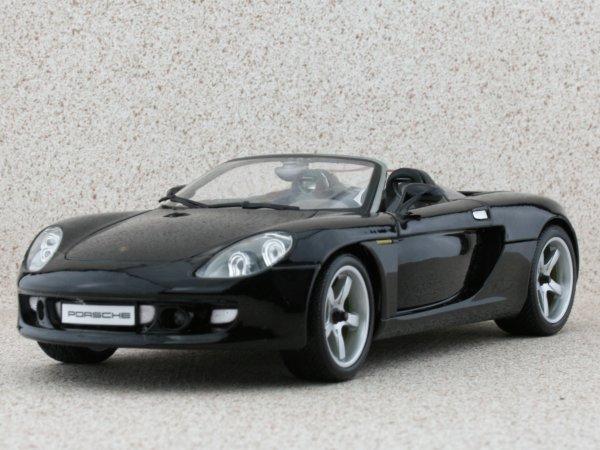 PORSCHE Carrera GT - black - Maisto 1:18