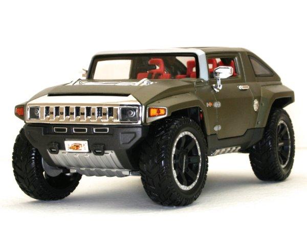 AMC HUMMER HX Concept - darkgreenmetallic - Maisto 1:18