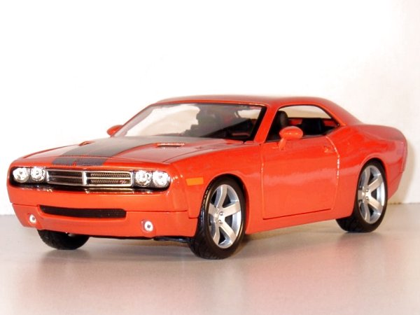 DODGE Challenger Concept - 2006 - redorange - Maisto 1:18