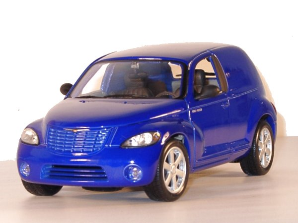 CHRYSLER Panel Cruiser - blue - Maisto 1:18