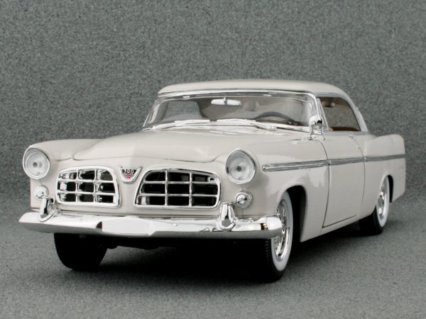 CHRYSLER 300B - 1956 - white - Maisto 1:18