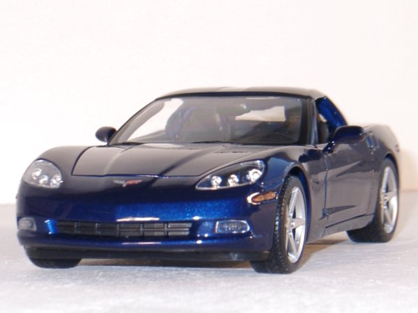 CHEVROLET Corvette - 2005 - bluemetallic - Maisto 1:18