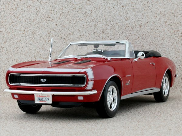 CHEVROLET Camaro SS 396 - 1967 - red - Maisto 1:18