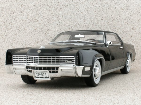 CADILLAC Eldorado Coupe - 1967 - black - BoS - Best of Show 1:18