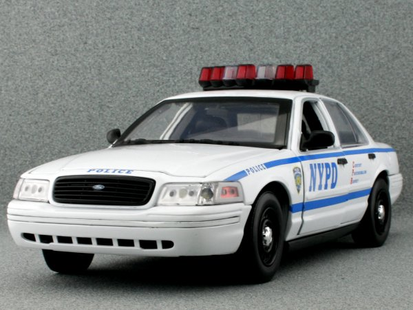 FORD Crown Victoria - NYPD - New York Police - Greenlight Collectibles 1:18