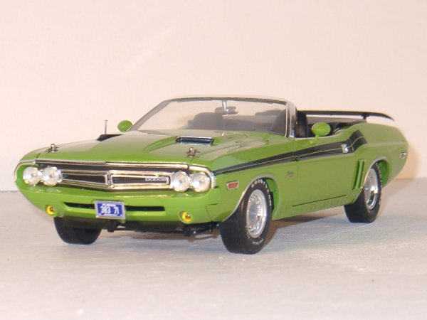 DODGE Challenger - 1971 - green - Greenlight 1:18