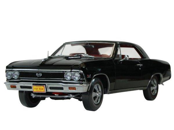 CHEVROLET Chevelle SS 396 - 1966 - black - ERTL 1:18