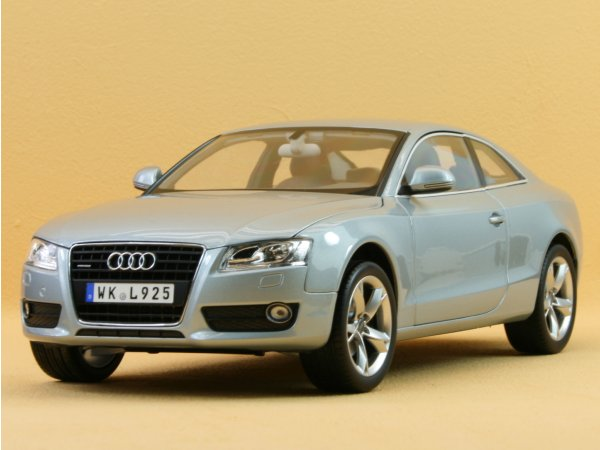 AUDI A5 Coupe - 2007 - Monza silver - Norev 1:18