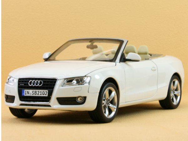 AUDI A5 Cabriolet - 2009 - white - Norev 1:18