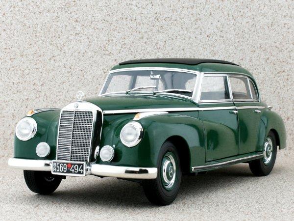 MB Mercedes Benz 300 - 1955 - green - Norev 1:18