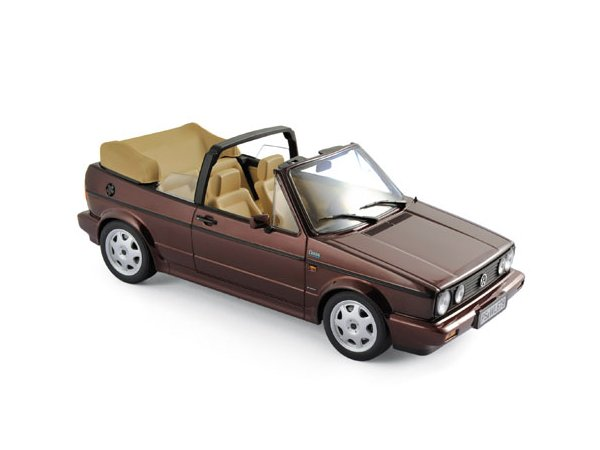 VW Volkswagen Golf Cabrio - Classic Line - 1992 - redmetallic - Norev 1:18