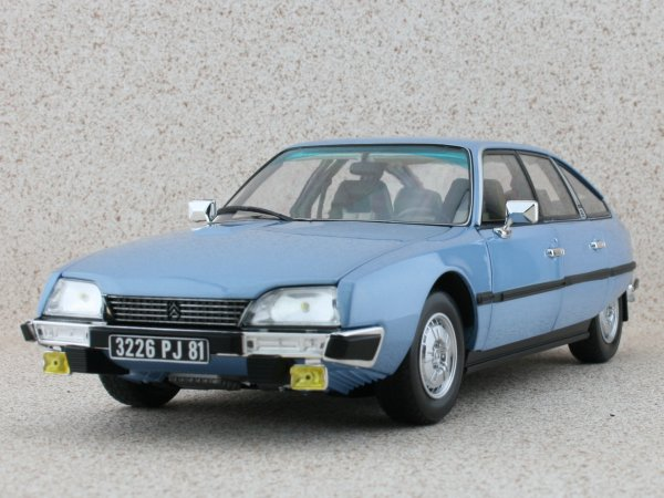 CITROEN CX 2400 GTI - 1977 - bluemetallic - Norev 1:18