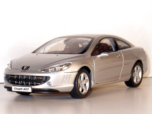 PEUGEOT 407 Coupe - 2005 - silver - Norev 1:18