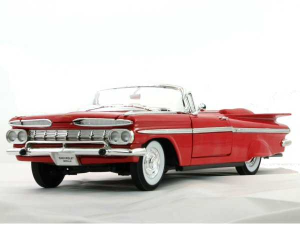 CHEVROLET Impala - 1959 - red - Lucky Die Cast 1:18