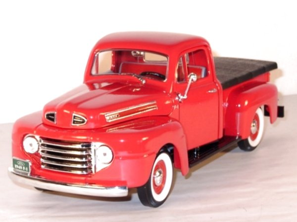 FORD F-1 Pick up - 1948 - red - Lucky Die Cast 1:18