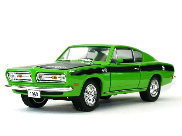 PLYMOUTH Barracuda - 1969 - green - Lucky Die Cast 1:18