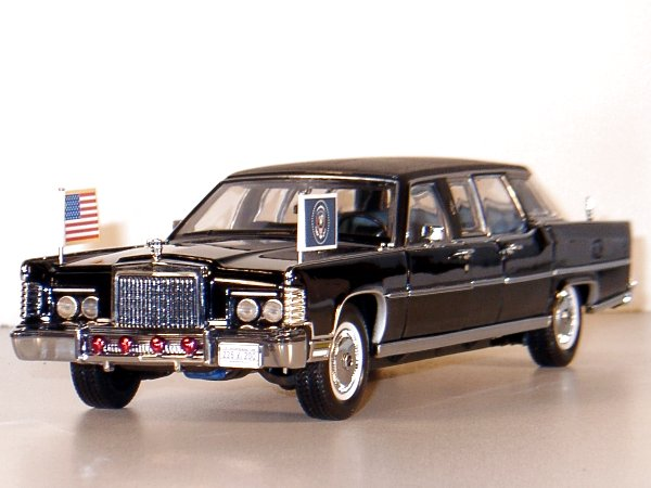 LINCOLN Continental - Reagan Car - 1972 - US President - Lucky Die Cast 1:24