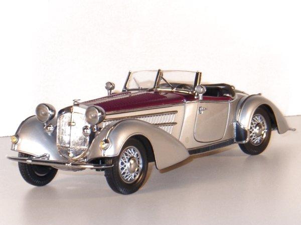 HORCH 855 Roadster - 1939 - silver / dark red - Sun Star 1:18