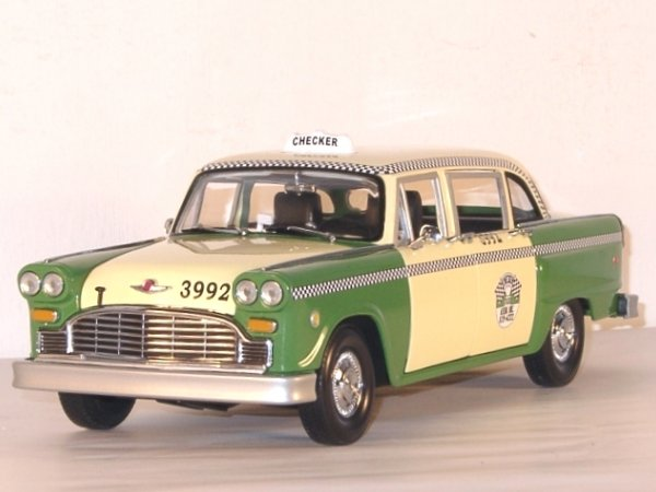 CHECKER Chigago - 1981 - Taxi Cab - Sun Star 1:18