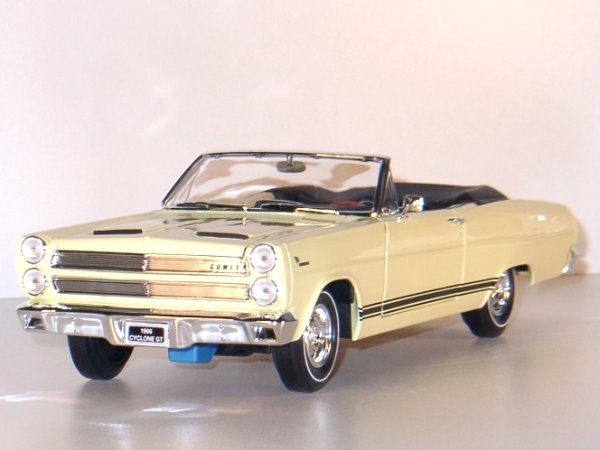 MERCURY Cyclone GT - 1966 - yellow - YATMING 1:18
