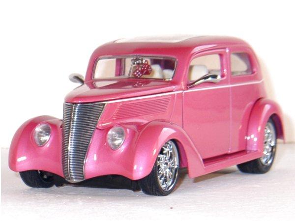 FORD Sedan - 1937 - pink metallic - YATMING Shyne Rodz 1:18
