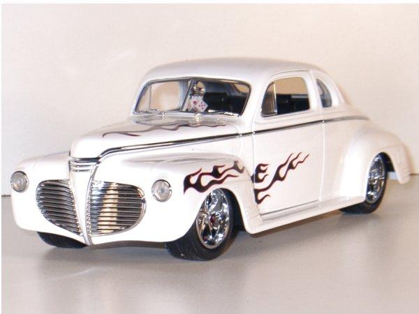 PLYMOUTH Coupe - 1941 - white - YATMING Shyne Rodz 1:18