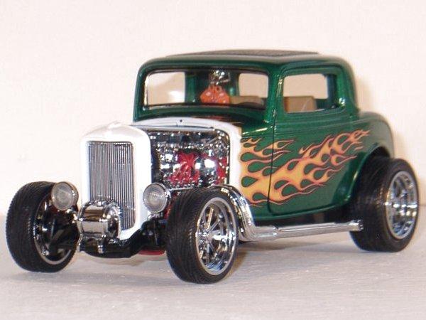 FORD Street Rod - 1932 - greenmetallic - YATMING Shyne Rodz 1:18