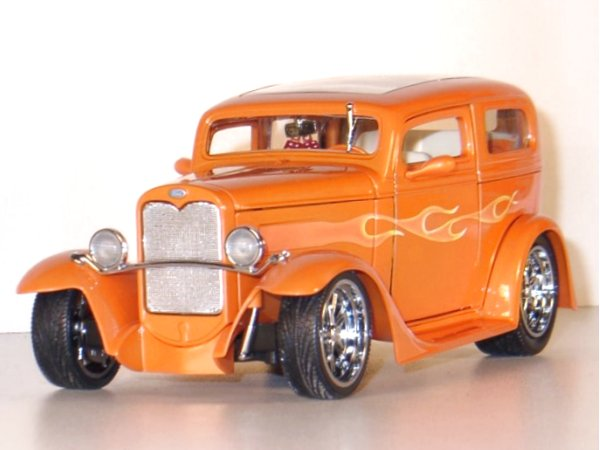 FORD Model A Sedan - 1931 - orangemetallic - YATMING Shyne Rodz 1:18