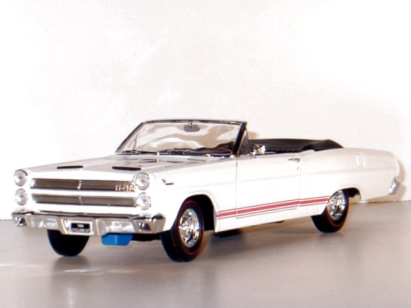 MERCURY Cyclone GT - 1966 - white - YATMING 1:18