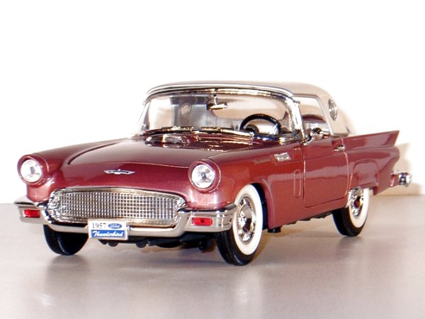 FORD Thunderbird - 1957 - with leather seats - YATMING 1:18