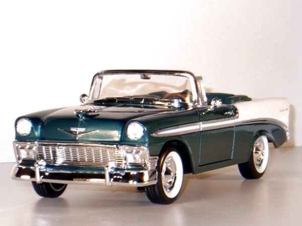 CHEVROLET Bel Air - 1956 - green / white - YATMING 1:18