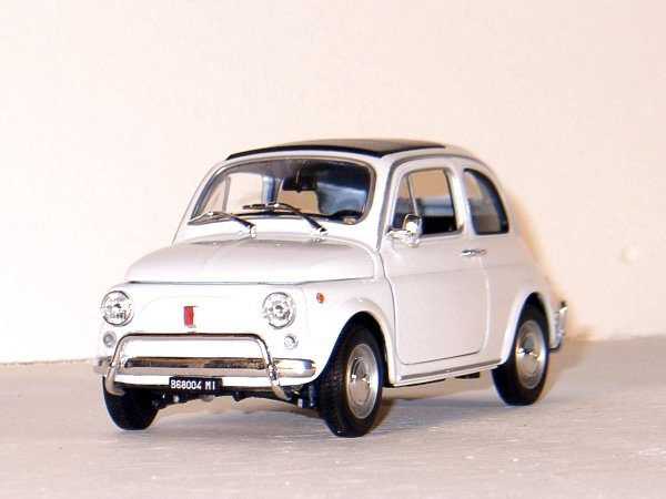 FIAT 500 - 1957 - white - WELLY 1:18