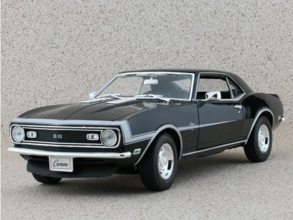 CHEVROLET Camaro SS 396 - 1968 - black - WELLY 1:18