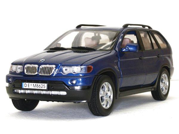 BMW X5 - bluemetallic - MotorMax 1:18