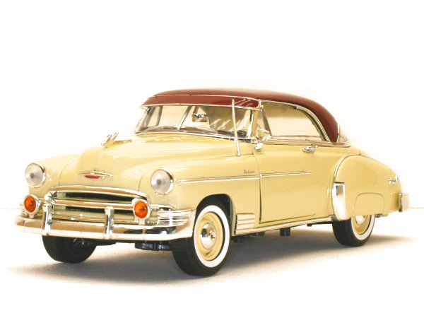 CHEVROLET Bel Air - 1950 - lightyellow - MotorMax 1:18