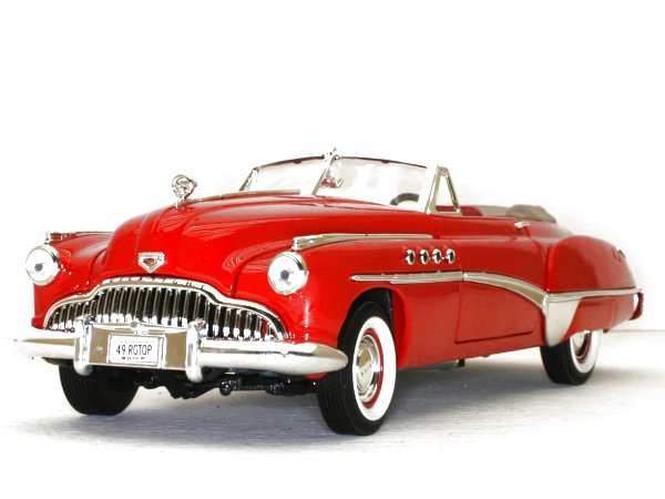 BUICK Roadmaster - 1949 - red - MotorMax 1:18