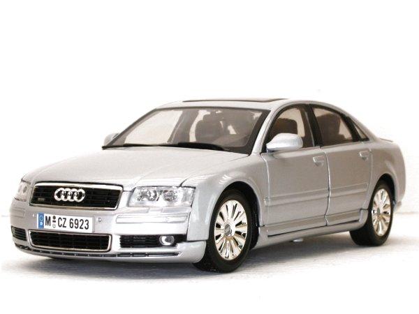 AUDI A8 - silver - MotorMax 1:18