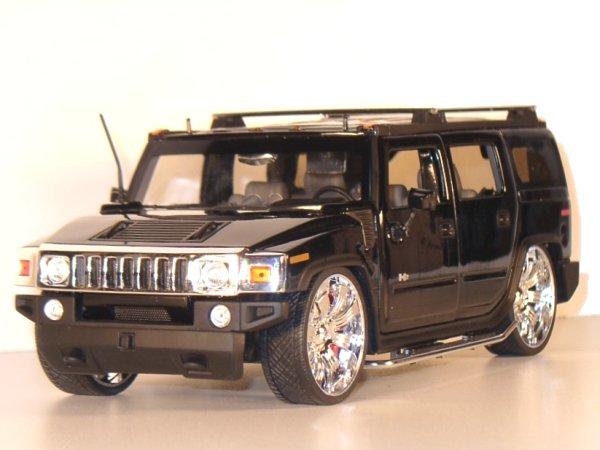 AMC HUMMER H2 SUV - black - JADA 1:18