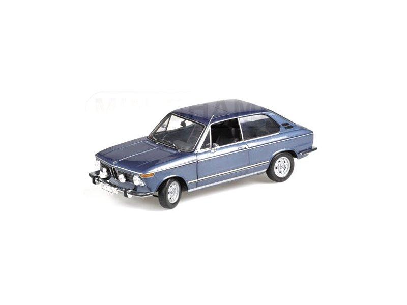 miniatuur 3 - BMW 2000 tii Touring - 1971 - bluemetallic - Minichamps 1:18