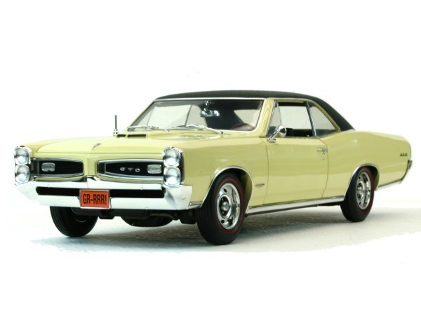 PONTIAC GTO - 1966 - lightyellow - HIGHWAY 61 1:18