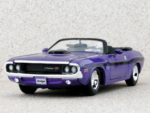 DODGE Challenger R/T - 1970 - plum crazy metallic - Maisto 1:24