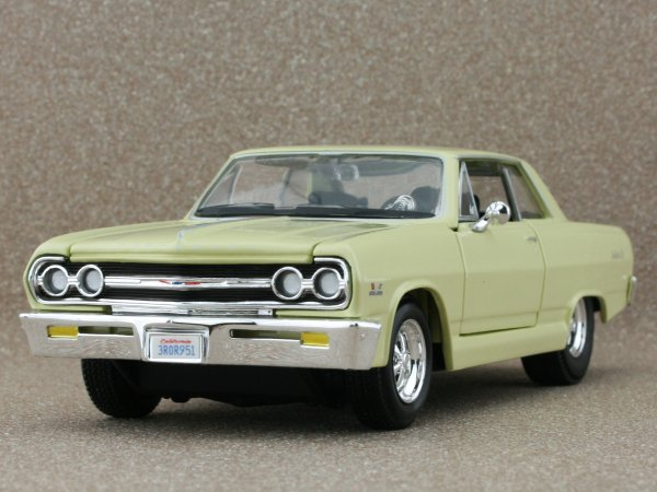 CHEVROLET Malibu SS - 1965 - yellow - Maisto 1:24