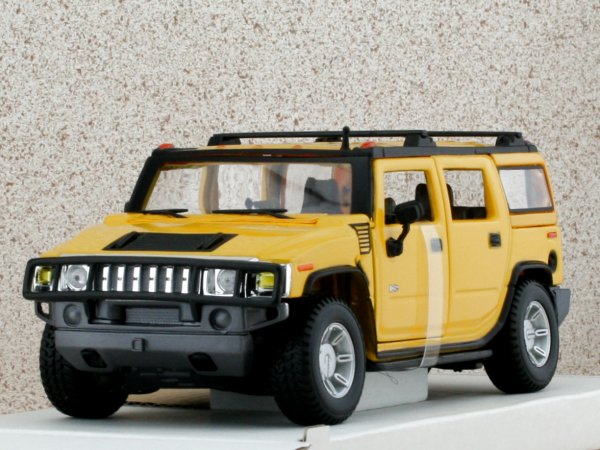 AMC HUMMER H2 SUV - 2003 - yellow - Maisto 1:27