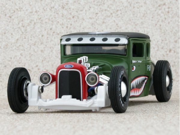 FORD Model A - 1929 - green - Maisto 1:24