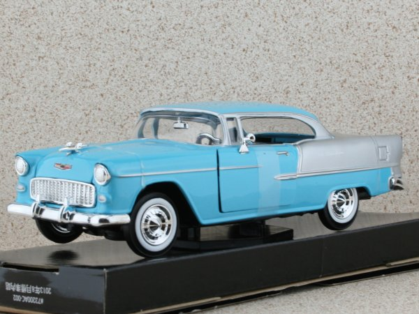 CHEVROLET Bel Air - 1955 - lightblue - MotorMax 1:24