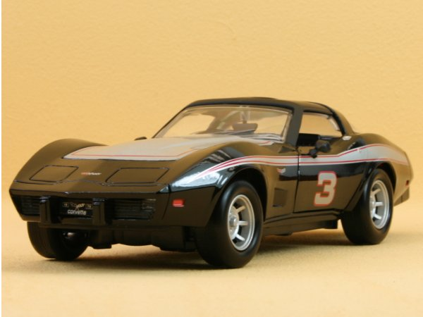 CHEVROLET Corvette - 1979 - black - MotorMax 1:24