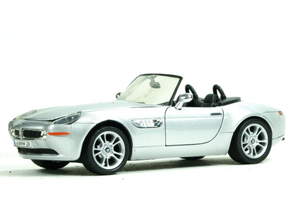 BMW Z8 - silver - MotorMax 1:24