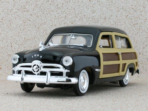 FORD Woody Wagon - 1949 - black - MotorMax 1:24