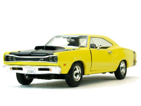 DODGE Coronet Super Bee - 1969 - yellow - MotorMax 1:24