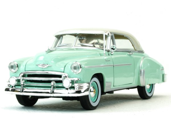 CHEVROLET Bel Air - 1950 - lightblue - MotorMax 1:24